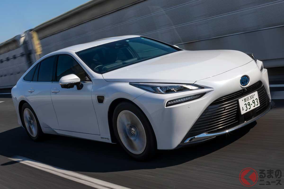 アドバンストドライブで手放し運転が可能になったトヨタ新型「ミライ」
