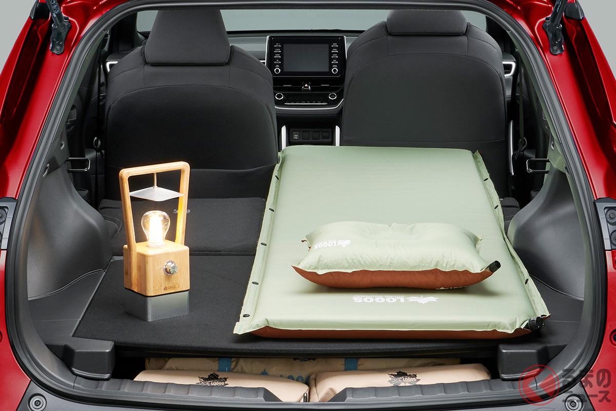 トヨタ新型「カローラクロス」の荷室はトップクラス? ライバルとの違いを比較しました!