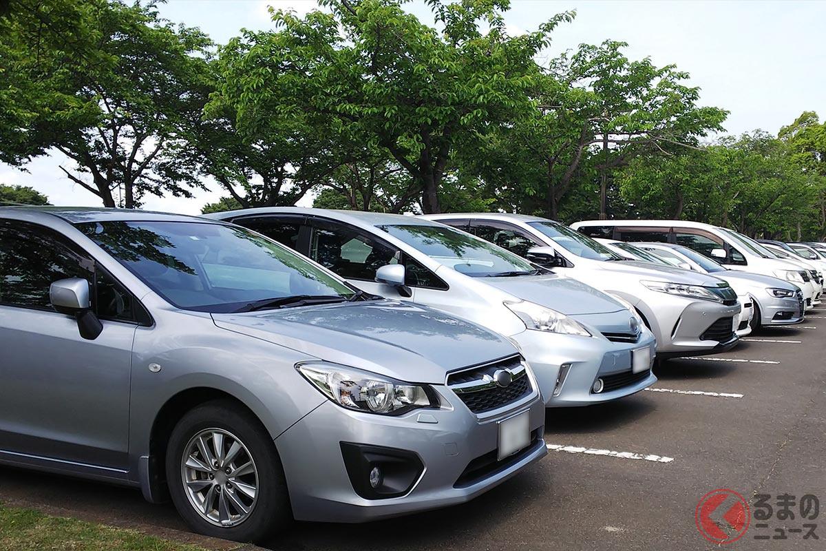 日本の駐車場ではバック駐車をしているクルマがほとんど