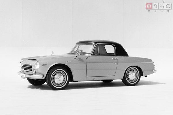 1965年に発売されたダットサン「フェアレディ 1600」。モデルチェンジ後の2代目世代で、初代に比べ、すでにややスポーティなシルエット(画像:日産自動車)。