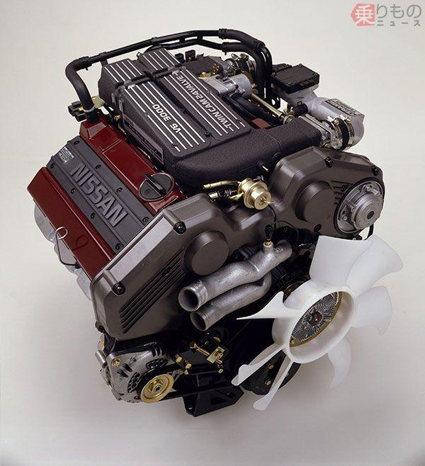 後期型VG30DETエンジン。